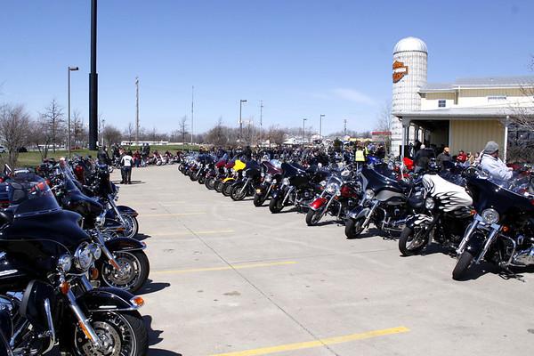 BIg Barn Harley Des Moines Iowa - April 2013